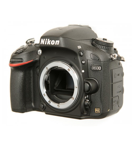 Nikon D600 Body (90%-BH 6 tháng)